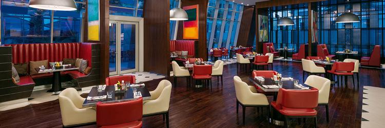 56-restaurant-interior